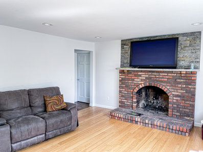 3-bedroom house for rent in East Providence, RIingroom2.JPG