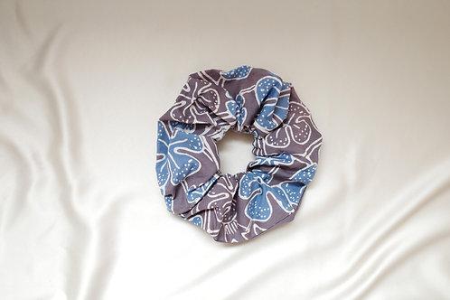 Batik scrunchie flower