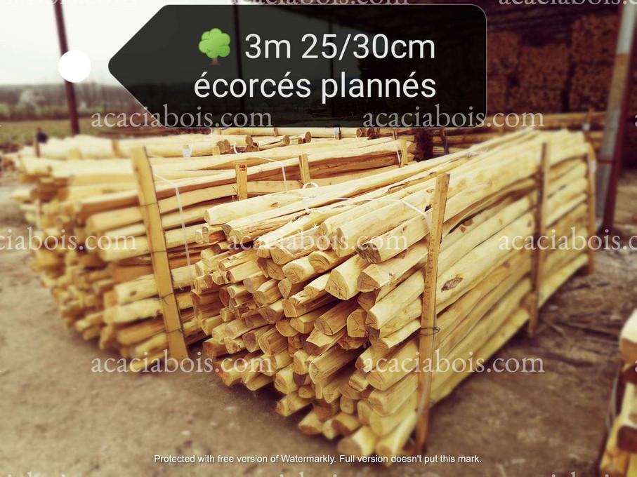 3m_25-30cm_Acacia_sawn_stakes_planned.jpg