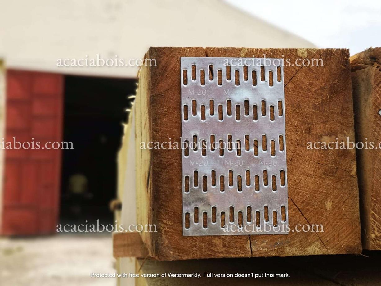 Plaque_anti_fentes_piquets_carrés_76x127