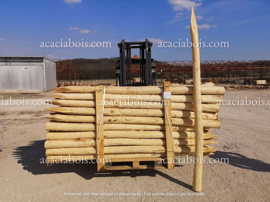2.5m_10-12cm_piquets_acacia_ronds.jpg