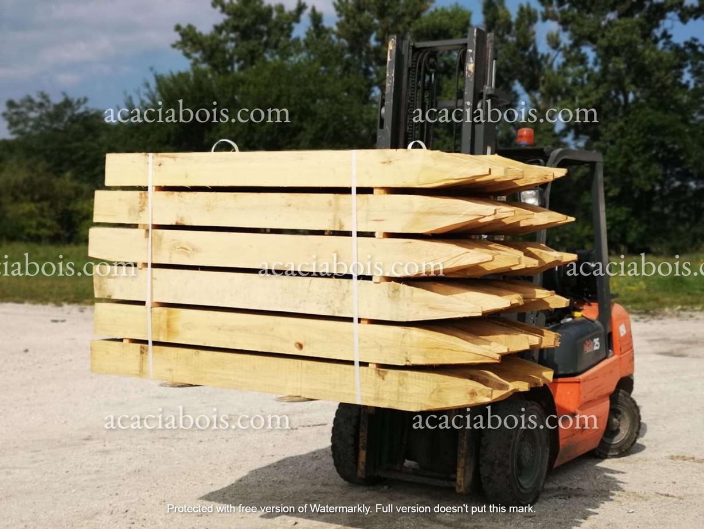 2.5m_15-15cm_piquets_acacia_carré_pointé