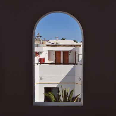 window_sq.jpg