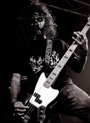 Passionate about Bass and Rock n' Roll.j