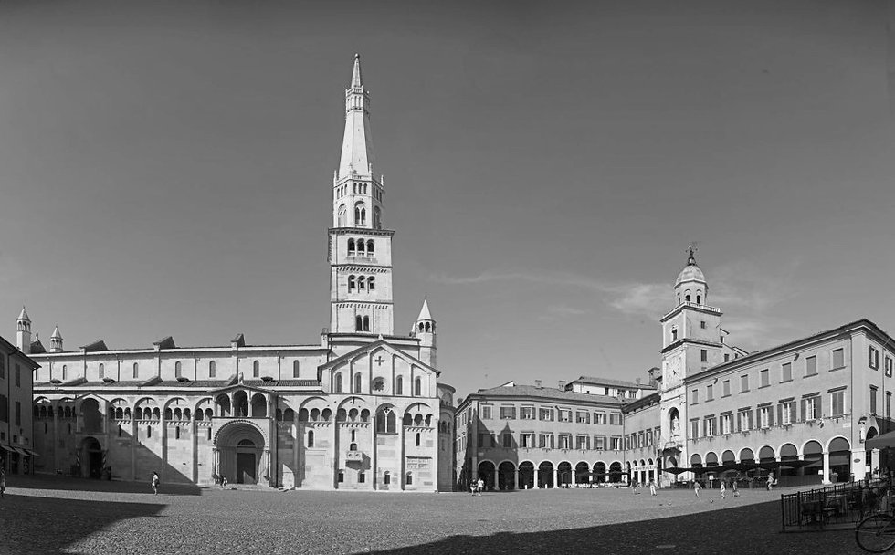 Panoramica-1-Piazza-Grande-1024x635_edit