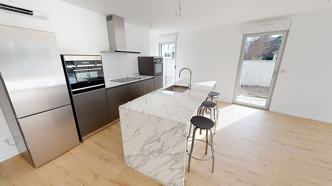 B4-White-Appartement-2-03042021_204218.j