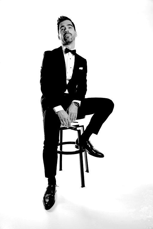 magicien-illusionniste-evenement-montreal-black-tie-soiree-evenementiel-cocktail