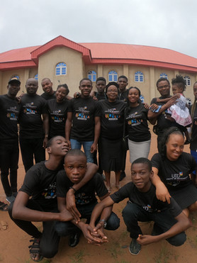 GOPR0445 Some volunteers for Children's