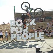damjan_backflip_rock for people