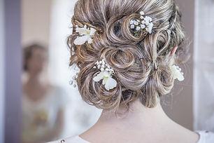 adult-beautiful-blur-bride-355063.jpg