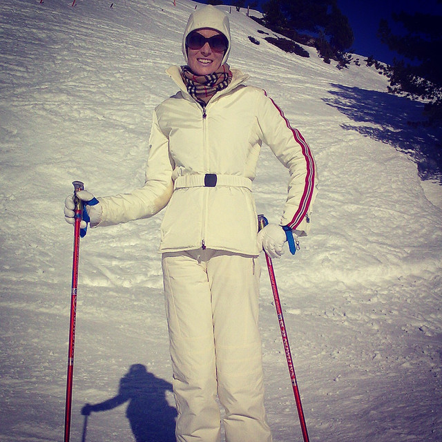 Retro-Skiing in Moncler!
