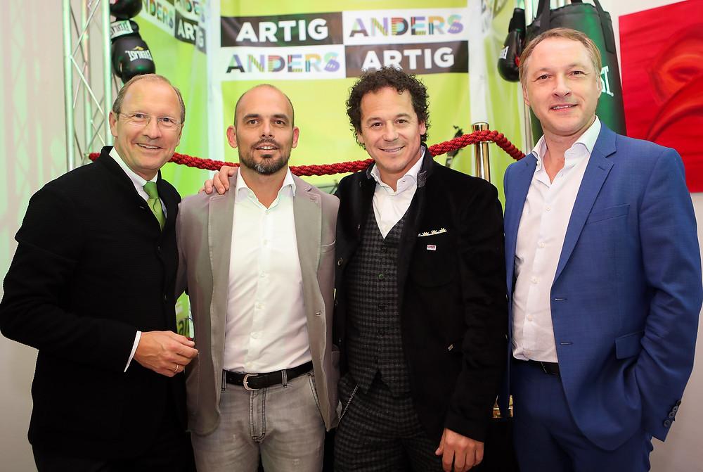 Viel Prominenz beim Fest der Eventagentur CompanyCode in Graz. Rainer Schönfelder mit drei Geschäftsführern.