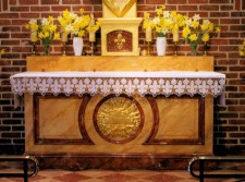 Restauration d'une nappe d'autel