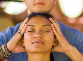 Massages craniens ayurvédiques cécile Bo