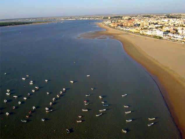 Sanlúcar de Barrameda acogerá la I Sherry Swim el 31 de mayo.