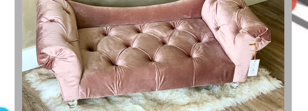 Deluxe pet bed.jpg