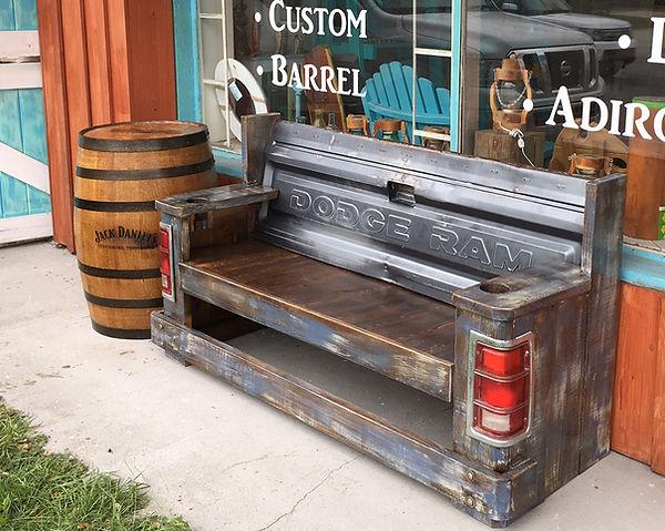 truck-bed-bench.jpg