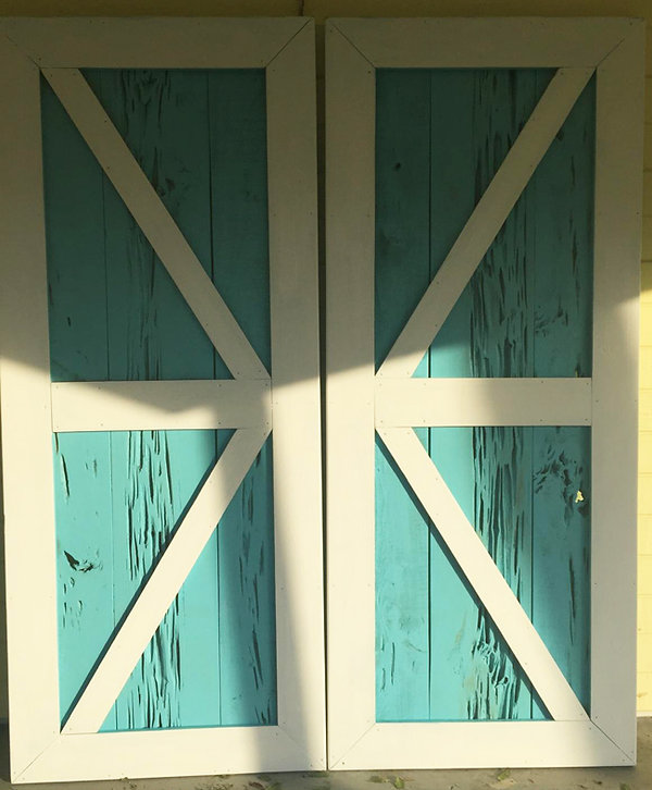 turquoise-barn-doors.jpg