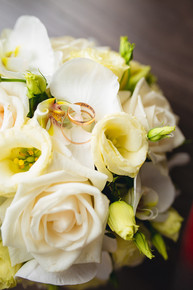 Calgary wedding florist,  wedding flowers, bridal bouquet,
