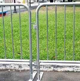Flat Foot Barricades