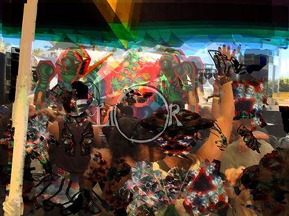 מסיבה ליצנים מטושטש2.jpg