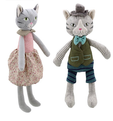 זוג בובות חתולים