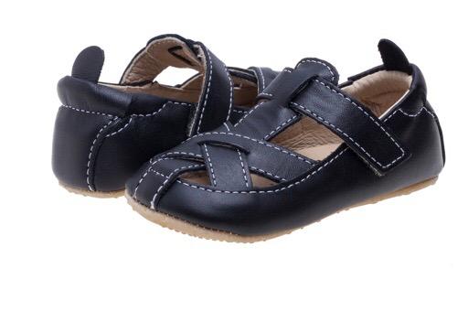 נעל רצועות שחור צעד ראשון X