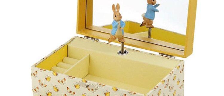 קופסת תכשיטים מהודרת  פיטר הארנב