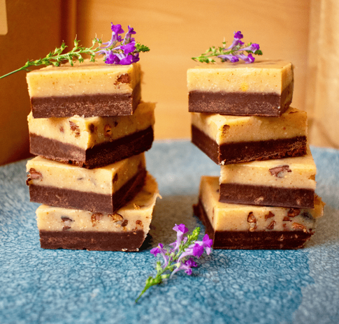 Raw Cacao and Peanut Butter Nibbly Fudge Recipe