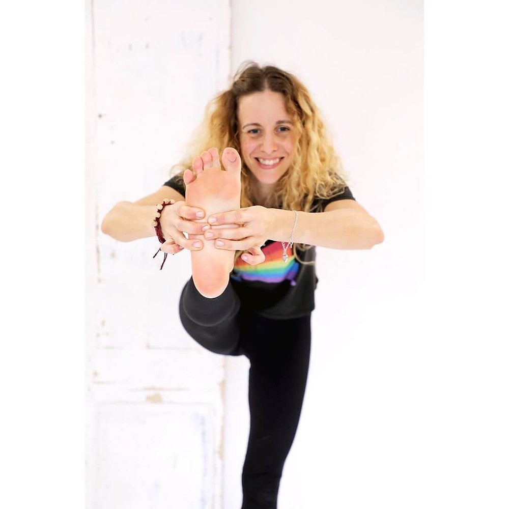 yo-mu yoga video downloads for home practice