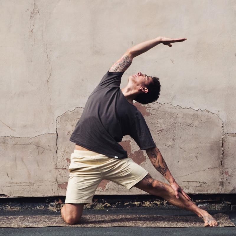 So We Flow men's T-shirt & Shorts for yoga & movement