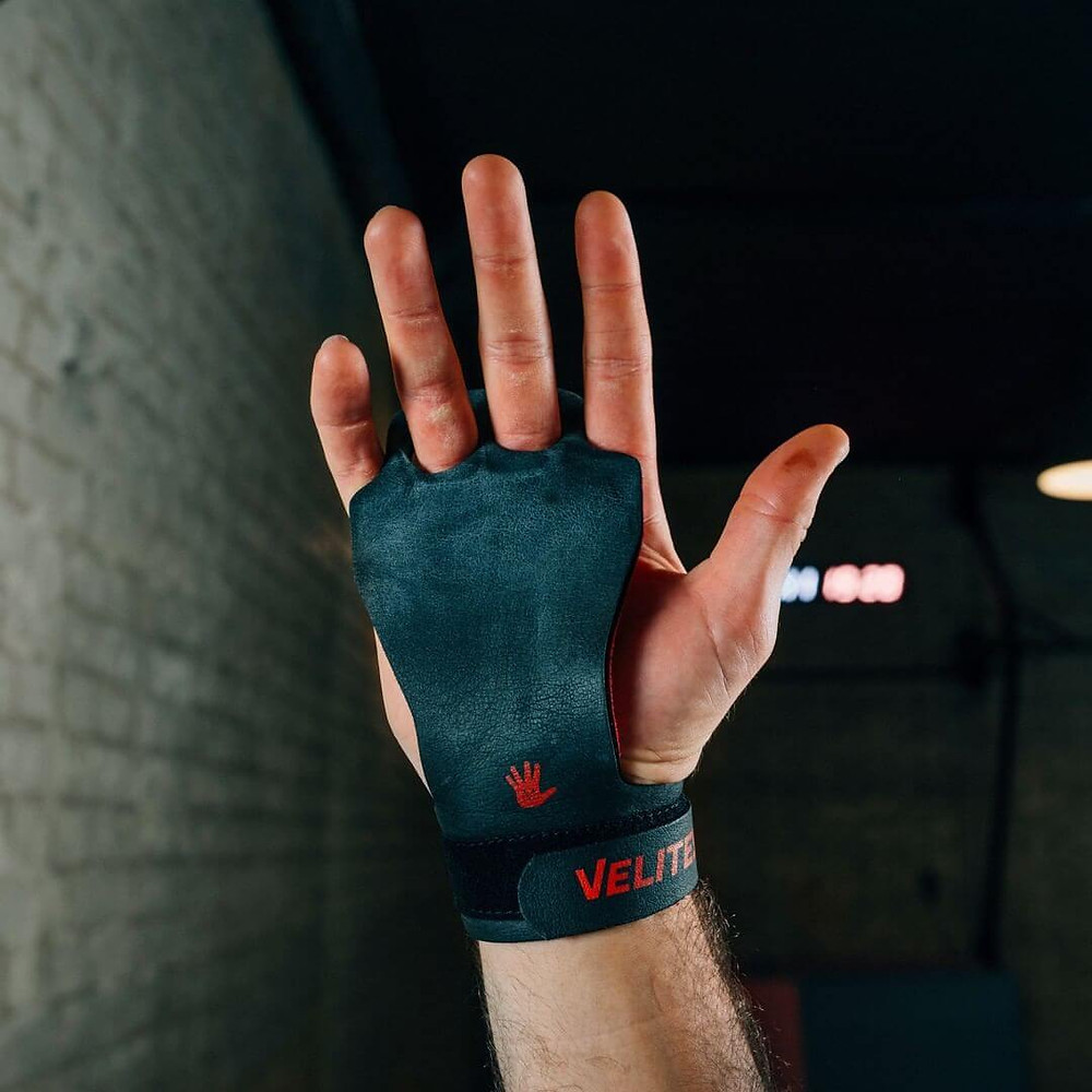 Hand Griops No more ripped hands, no more wrist pain. Ergonomic, 3 layer patented & breathable hand grips for a perfect grip during pull-ups and joint protection during burpees or weight lifting