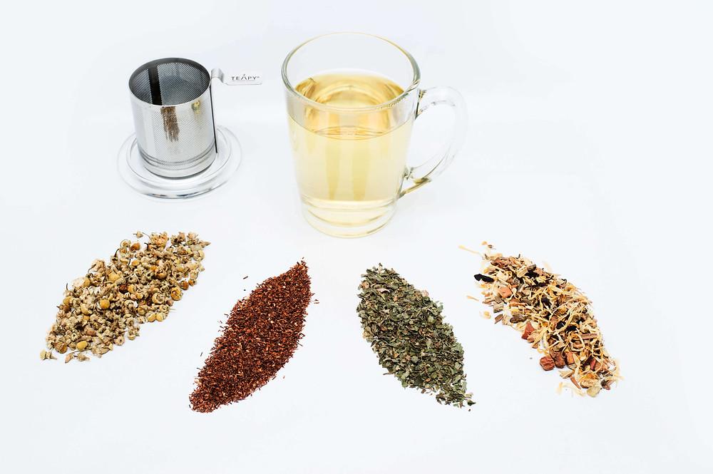 TEAPY® Glass Mug Bundle with 4 x 10g Loose Leaf Tea Flavours