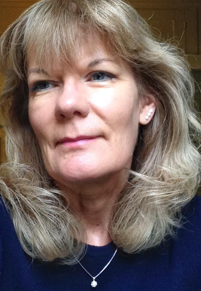 Liz Longley - Author of The Balanced Lifestyle & Wellbeing Journal
