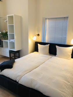 værelse_ud_til_have_brøns_stue_4
