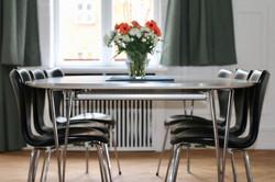 Stue spisebord fra siden