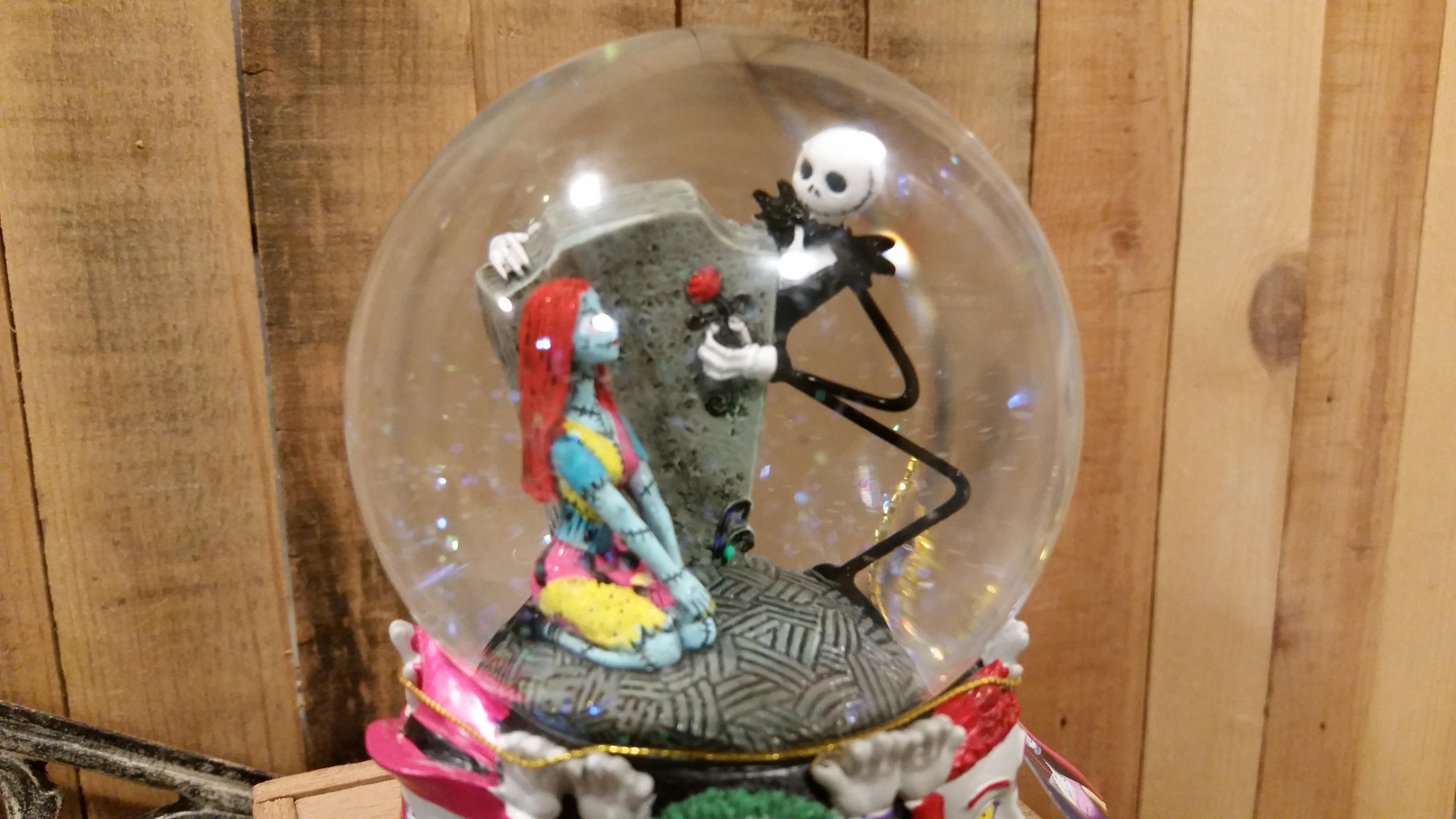 jack skelington snow globe