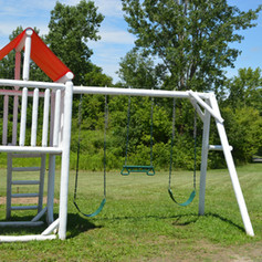 A swing set for your younger guests to enjoy.