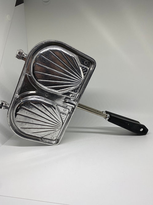 French Shell Sandwich Maker/Waffle Iron