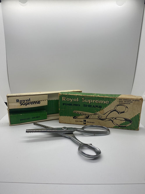 Vintage Royal Supreme Pinking  Shears