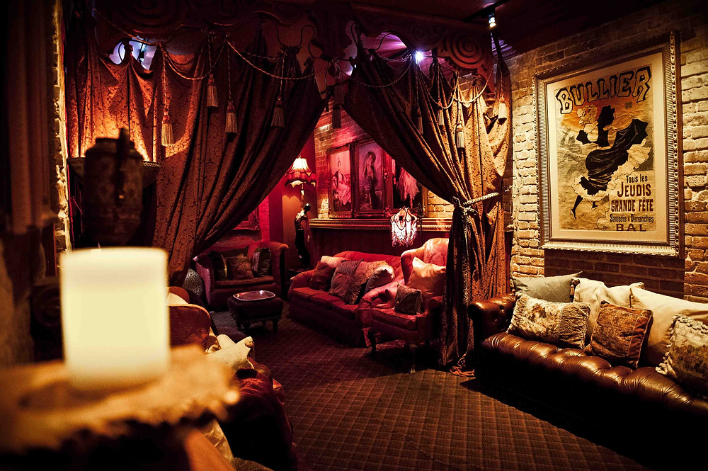 The baroque Séance Lounge, Muriel's Jackson Square, New Orleans, LA