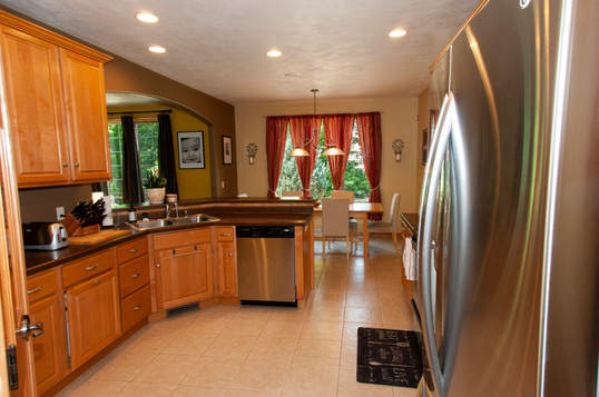 08-Kitchen.jpg