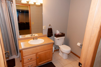 28-Bathroom.jpg