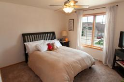 18-Bedroom.jpg