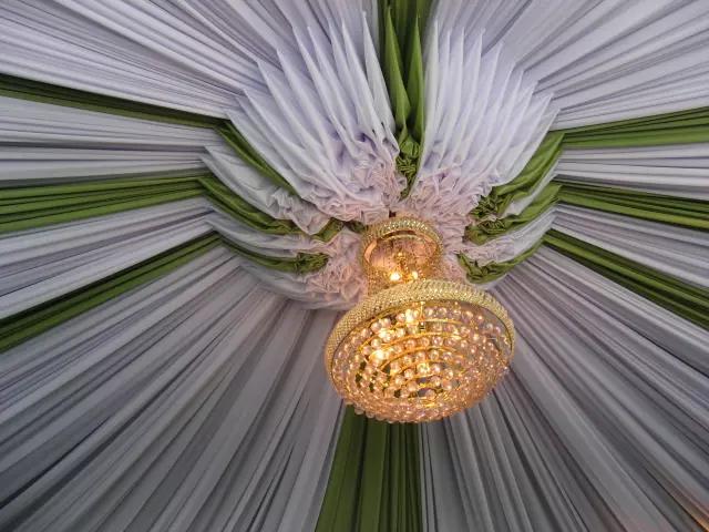 Lampu Kristal Kecil