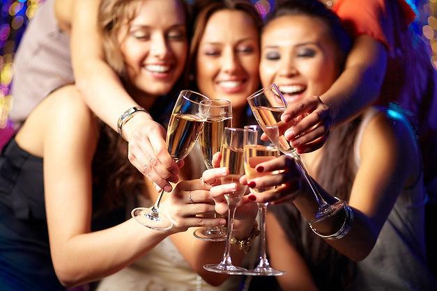 Girls-Night-at-Bar-A.jpg
