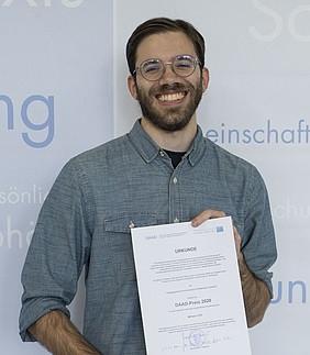 Studierender des Master Germanistik mit dem DAAD-Preis ausgezeichnet