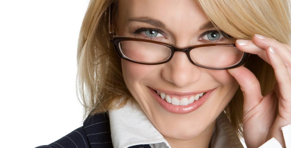 smile-gray-eye-blonde-business-woman.jpg