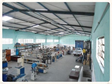 fabricação manutenção em portas flexíveis portas flexdoor portas em abs portas vai e vem