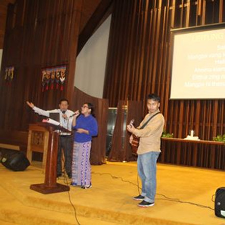 Sunday- Praise and Worship Service